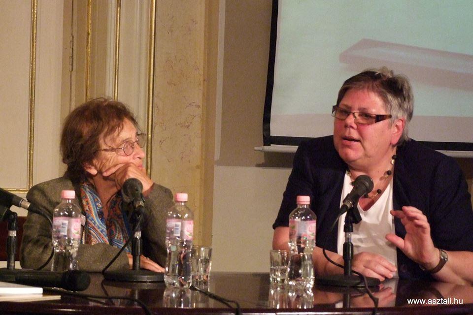 A feldolgozás lehetőségei - Heller Ágnes és Jutta Hausmann disputája
