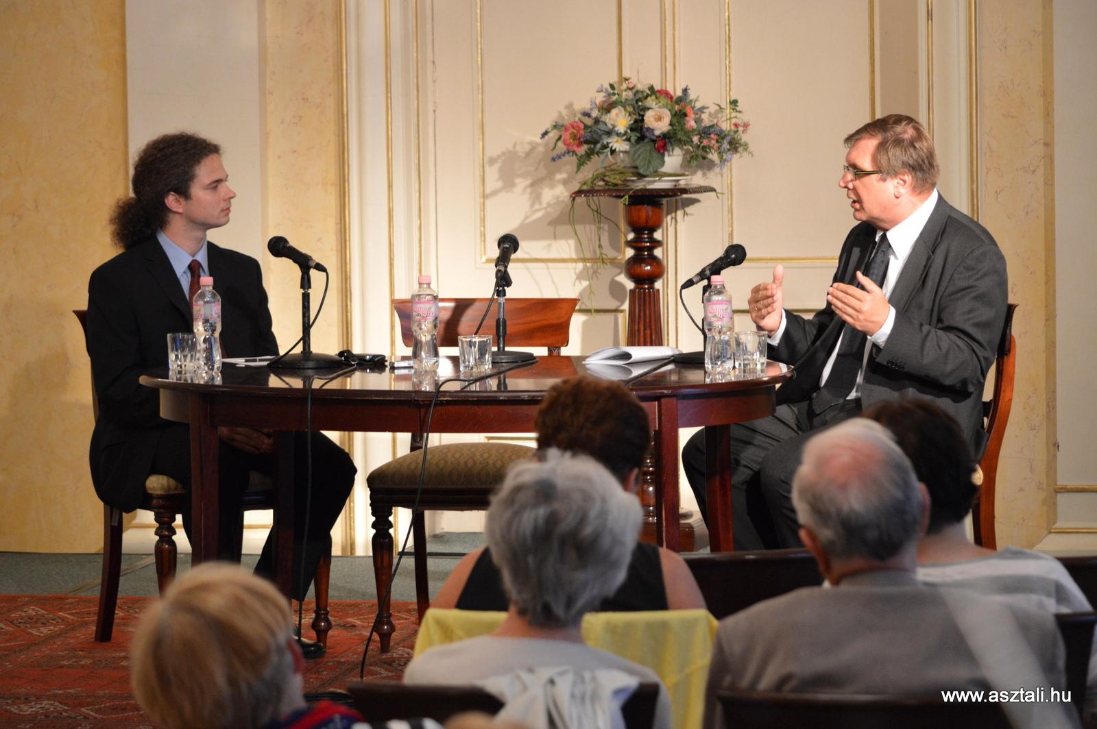 Európai kultúra? – Beszélgetés dr. Fabiny Tamás evangélikus püspökkel – Videóval!